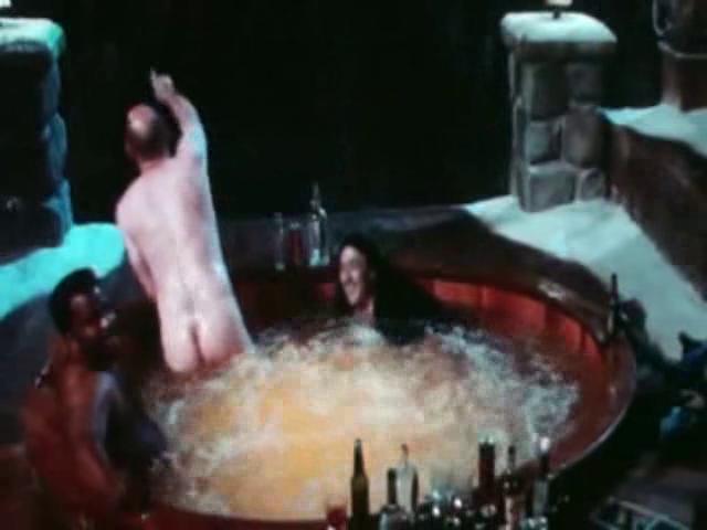 Hot tub time machine hindi 3gp baixar