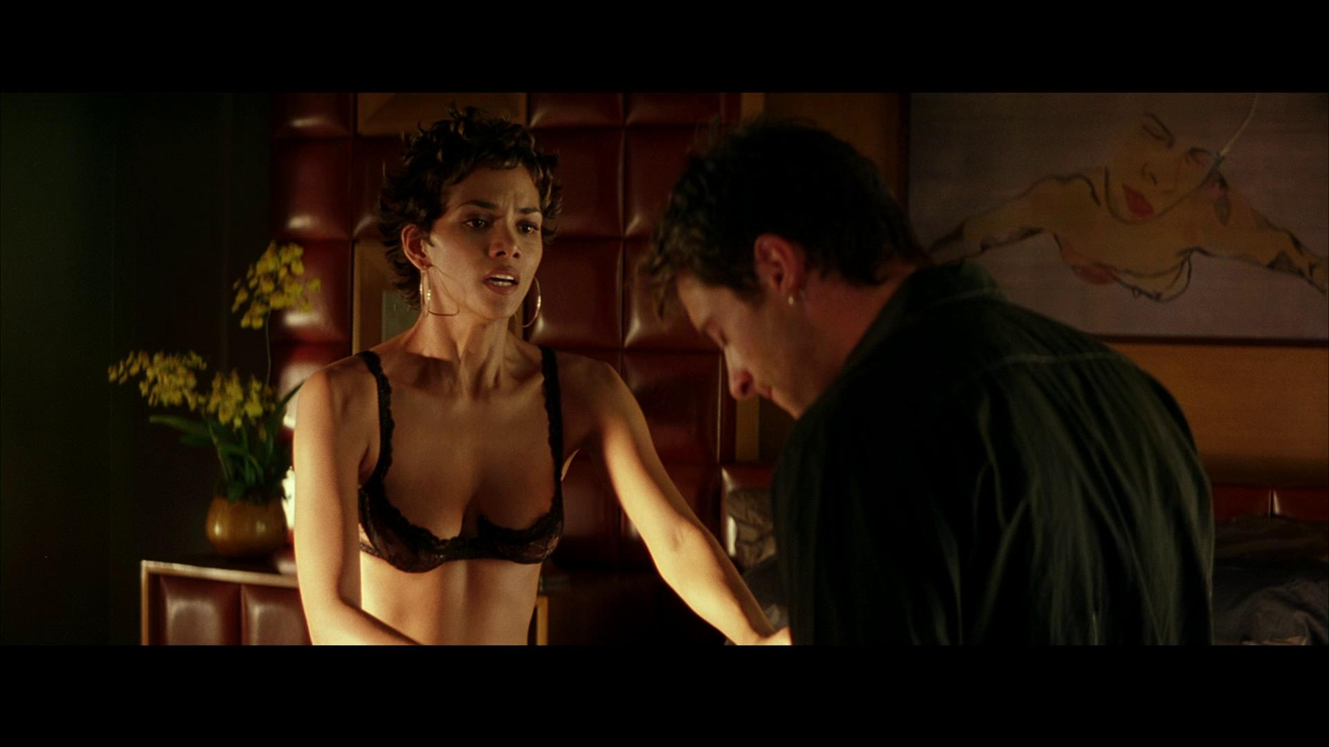 Жесткое порно с порно бусами, порно фильмы секс рабство онлайн