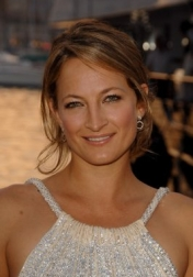 Download all the movies with a Zoe Bell
