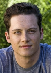 Download all the movies with a Jesse Lee Soffer