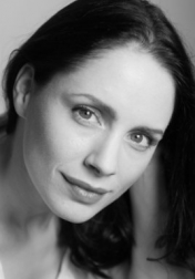 Download all the movies with a Laura Fraser