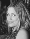 Download all the movies with a Piper Perabo