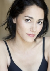 Download all the movies with a Sandrine Holt