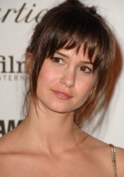 Download all the movies with a Katherine Waterston