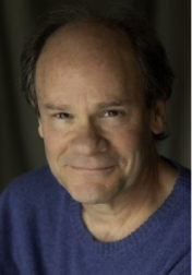Download all the movies with a Ethan Phillips