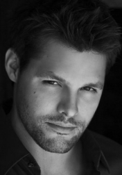 Download all the movies with a Justin Bruening