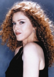 Download all the movies with a Bernadette Peters