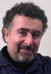 Download all the movies with a Saul Rubinek