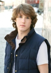 Download all the movies with a Spencer Treat Clark