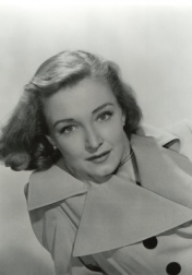 Download all the movies with a Nina Foch