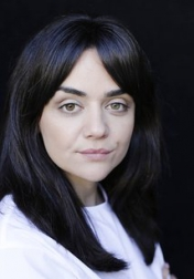 Download all the movies with a Hayley Squires
