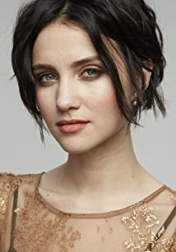 Download all the movies with a Julia Goldani Telles