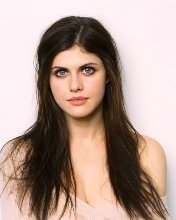 Download all the movies with a Alexandra Daddario