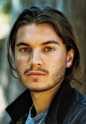Download all the movies with a Emile Hirsch