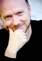 Download all the movies with a Paul Haggis
