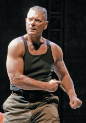 Download all the movies with a Stephen Lang