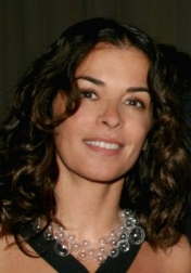 Download all the movies with a Annabella Sciorra