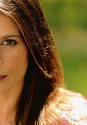 Download all the movies with a Perrey Reeves