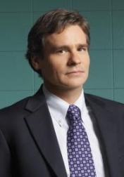 Download all the movies with a Robert Sean Leonard