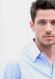 Download all the movies with a James Carpinello