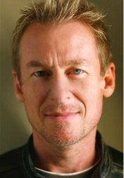 Download all the movies with a Richard Roxburgh
