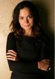 Download all the movies with a Alice Braga