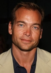 Download all the movies with a Jonathan Breck
