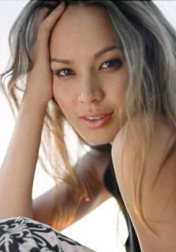 Download all the movies with a Moon Bloodgood