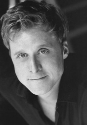 Download all the movies with a Alan Tudyk
