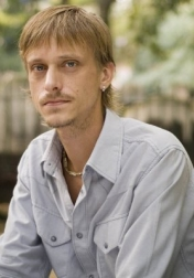 Download all the movies with a Mackenzie Crook