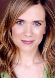 Download all the movies with a Kristen Wiig