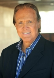 Download all the movies with a Lee Majors