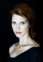 Download all the movies with a Julie McNiven