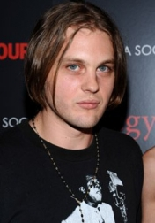 Download all the movies with a Michael Pitt