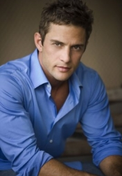 Download all the movies with a David Fumero