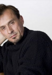Download all the movies with a Robert Knepper