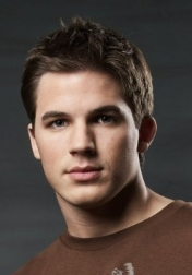 Download all the movies with a Matt Lanter