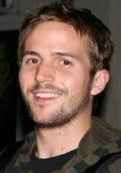 Download all the movies with a Michael Stahl-David