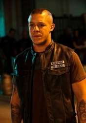 Download all the movies with a Theo Rossi