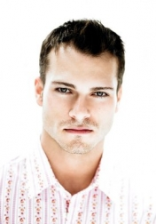 Download all the movies with a Shawn Roberts