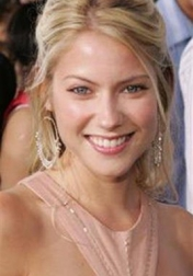 Download all the movies with a Laura Ramsey