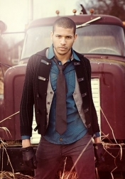 Download all the movies with a Jeffrey Bowyer-Chapman