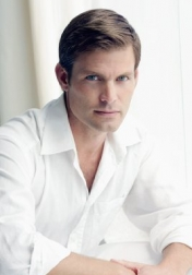 Download all the movies with a Casper Van Dien