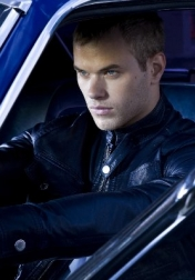 Download all the movies with a Kellan Lutz