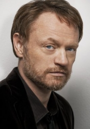 Download all the movies with a Jared Harris