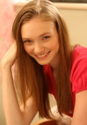 Download all the movies with a Eleanor Tomlinson